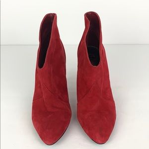 Gianni Bini Red Suede Ankle Boots Sz 6 EUC